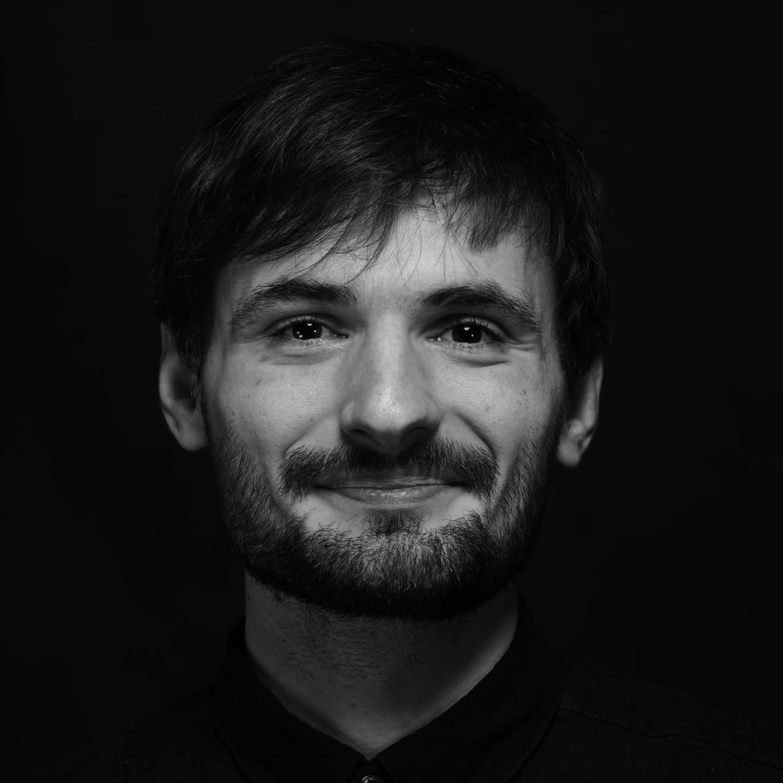 lensaminepozri_director_vadnal